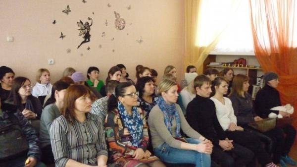 В детском саду Петровска прошло родительское собрание «Азбука безопасности»